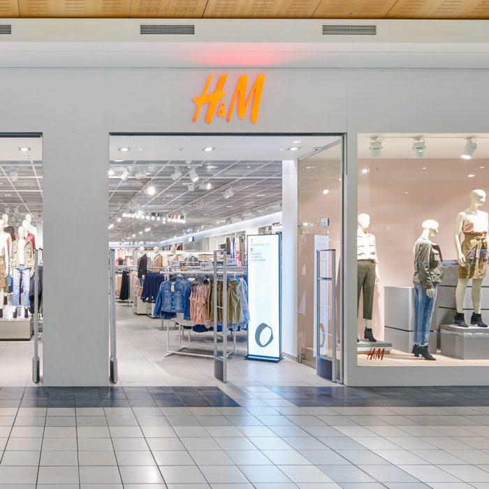 Shopfront von H&M im Emmen Center
