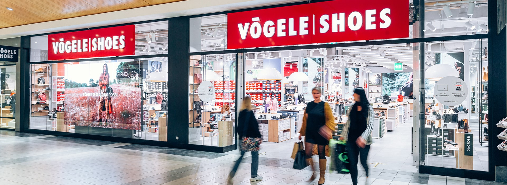 Shopfront von Vögele Shoes im Emmen Center