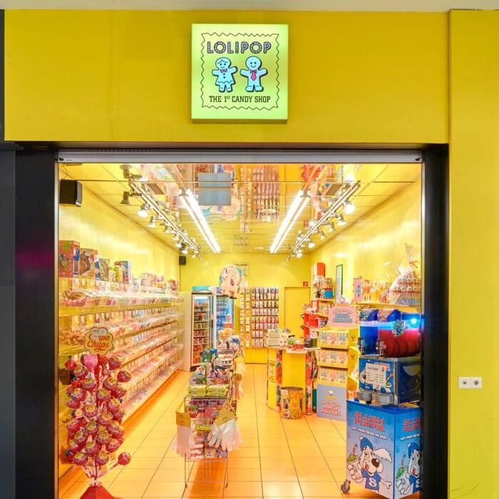 lolipop-candyshop-shopfront-700x700