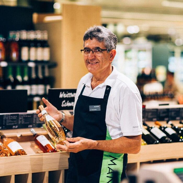 Weinspezialist Abilio Fernandez von Manor Food